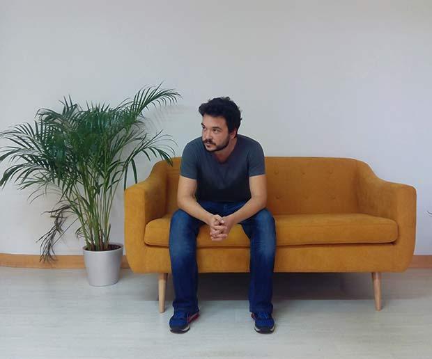 Javier Lapuerta, director y diseñador gráfico en Detalier Estudio Creativo