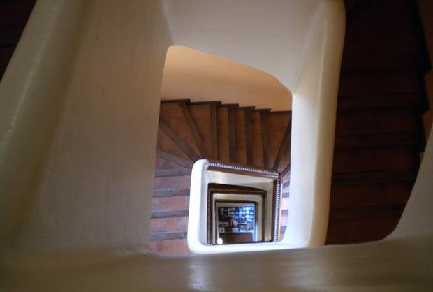 En la última planta del Torreón de la Zuda, a la que únicamente se pude acceder subiendo las escaleras, se encuentra el Mirador de las 4 culturas, un lugar privilegiado de acceso gratuito