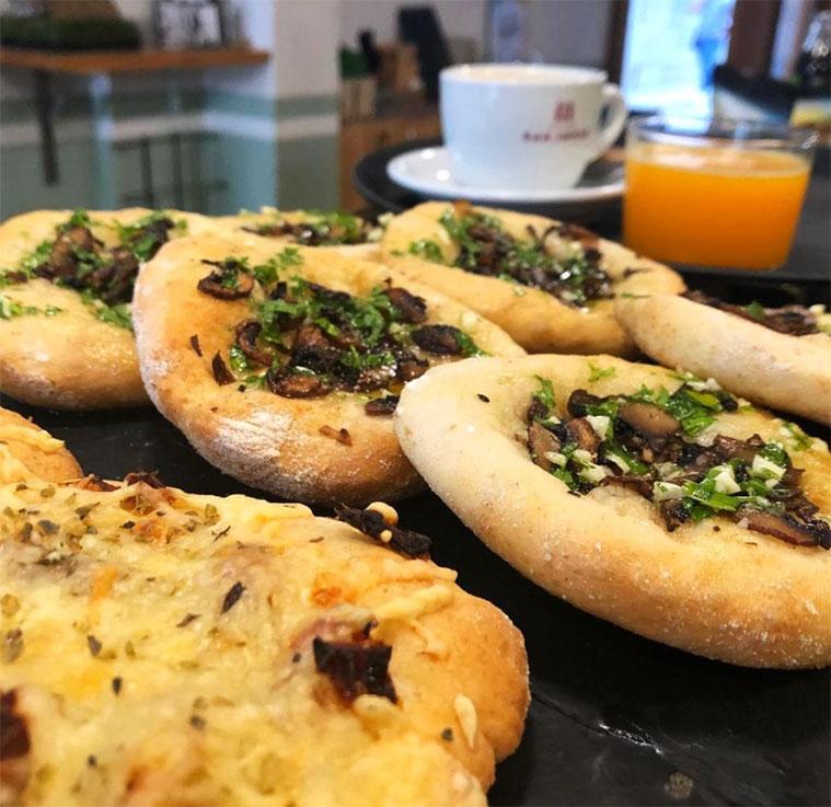 almuerzo y comida en la cicleria