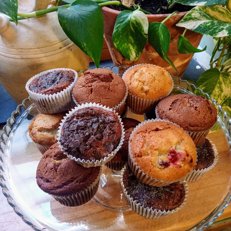 pasteles caseros en los desayunos de la cafeteria de la cicleria