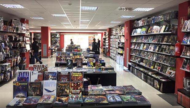 comics y merchandising en zaragoza en Mil Comics