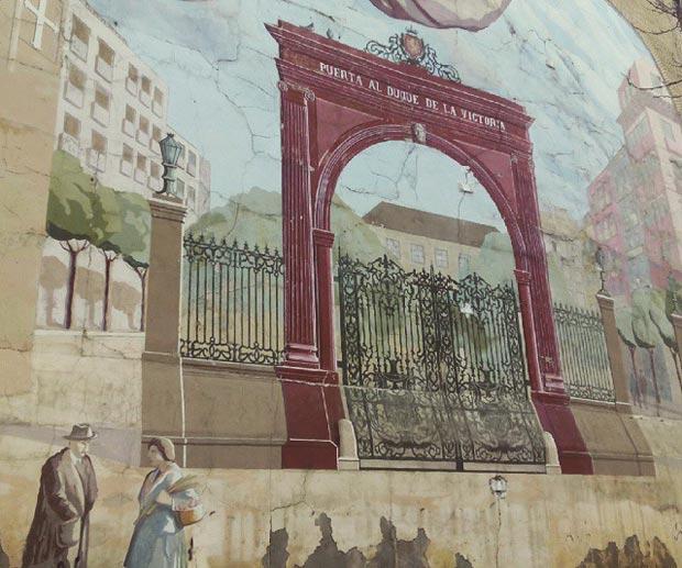 Mural en recuerdo de la desaparecida Puerta del Duque de la Victoria (eliminado en julio de 2020)