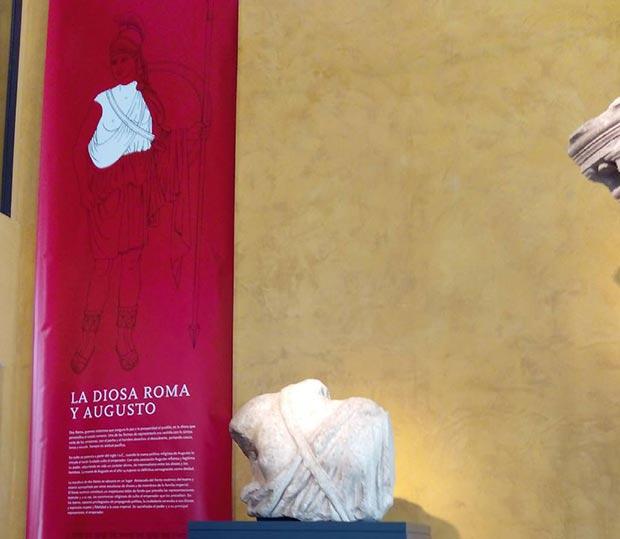 La diosa Roma y Augusto. Museo del teatro de Caesaraugusta #zaragoza