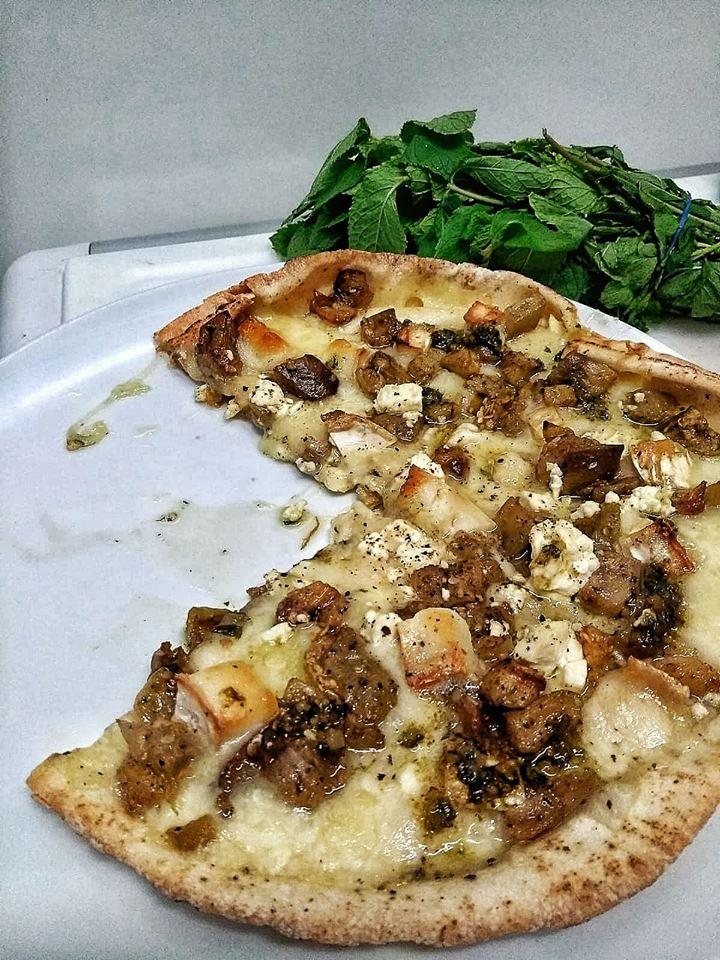 Pizza de berenjenas za'atar