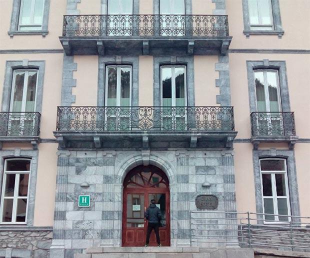 Fachada del Gran Hotel, en el Balneario de Panticosa