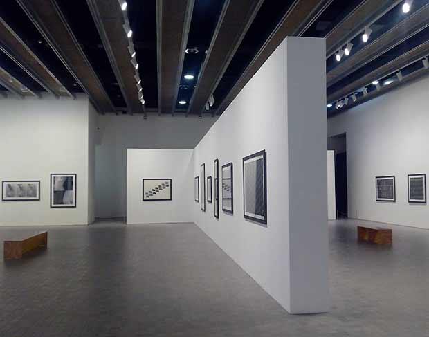 """La exposición """"Polifonías"""" de Rafael Navarro abre el diálogo entre sus trabajos clásicos y su producción digital"""