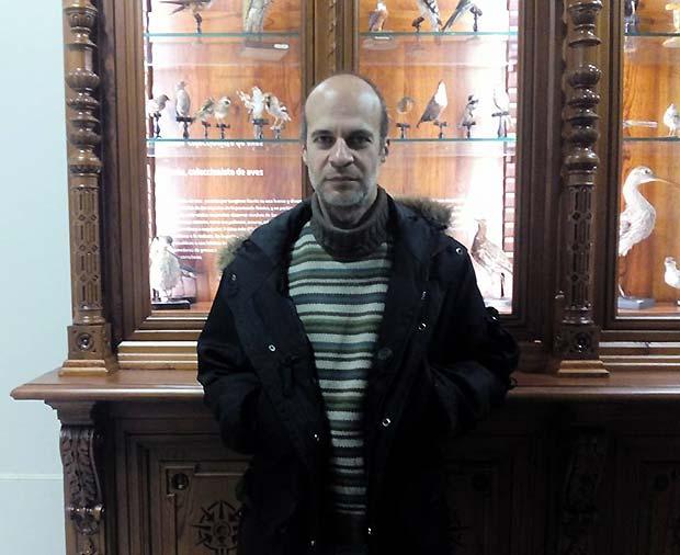 Fotografía de Óscar Sanmartín tomada durante la entrevista con Zaragoza Guía, en el Museo de Ciencias Naturales de la Universidad de Zaragoza