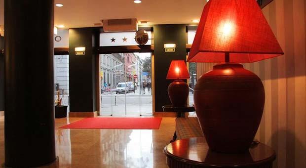 Oriente, Lobby Bar