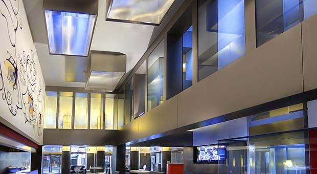 Lobby Bar del Hotel Vincci Zaragoza Zentro