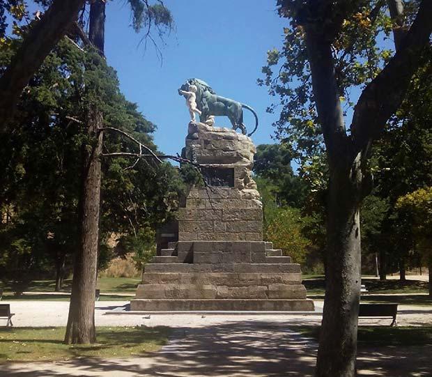 Monumento a la Exposición Hispanofrancesa de 1908