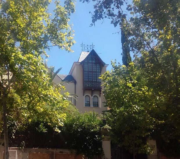 el hotel de la familia Ostalé, conocido como Villa Alta