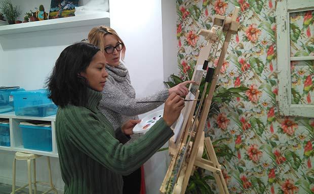 Academia de dibujo y pintura Mariposa 88