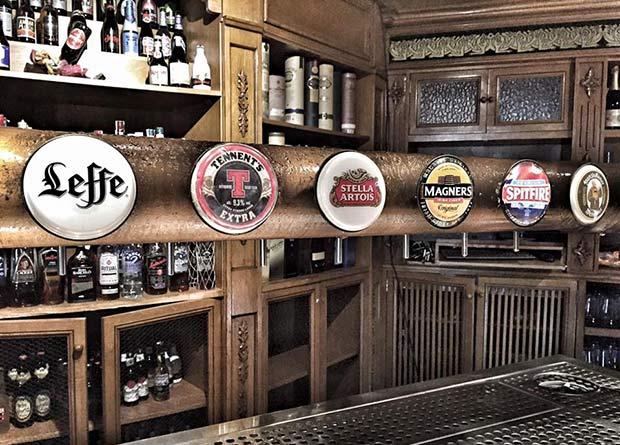 Selección de Cervezas en el Loch Ness