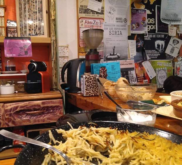 Fideuá y otras raciones vegetarianas en Barrio Sur Zaragoza