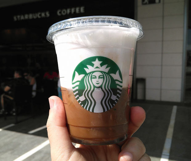 Cappucino Freddo en el Starbucks de Puerto Venecia en Zaragoza
