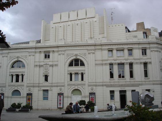 Vista del Teatro Principal de Zaragoza desde la Plaza de José Sinués y Urbiola