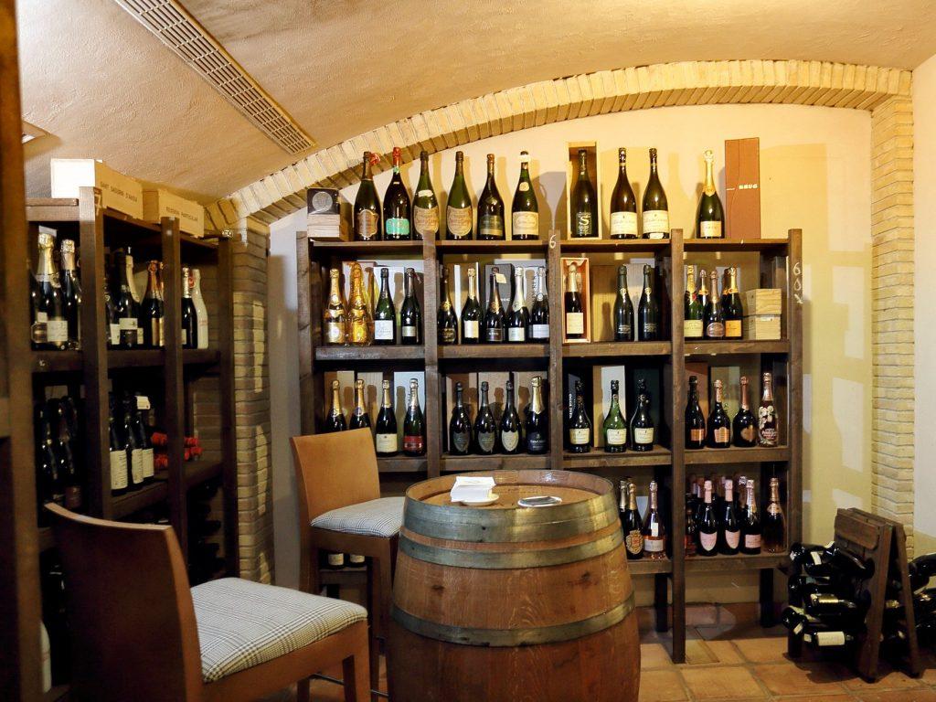 Restaurante Aragonia Palafox bodega