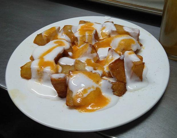 """Patatas bravas en el Bar Texas, para Carlos Herrera """"las mejores, del mundo"""""""