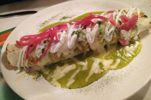 Burrito Quebradora en el Restaurante Taquería La Quebradora