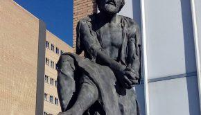 Escultura de Miguel Servet