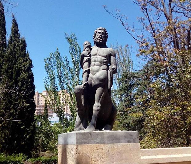 Figura alegórica del centauro Quirón