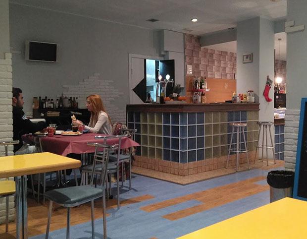 Café El Mordisco, Interior