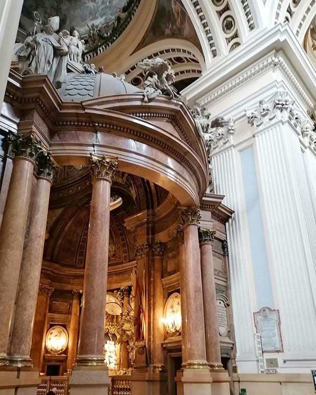 Santa Capilla de Ventura Rodriguez en El Pilar