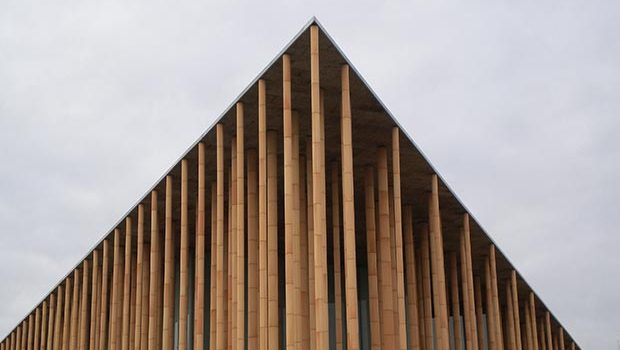 Pabellón de España recinto expo 2008 zaragoza