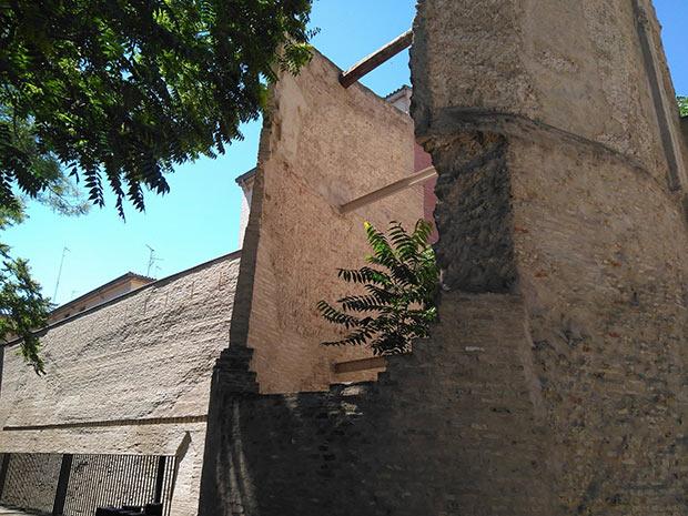 restos de un torreón de la muralla Medieval de Zaragoza