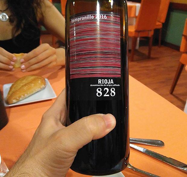 Vino en el Menú del Restaurante Goralai