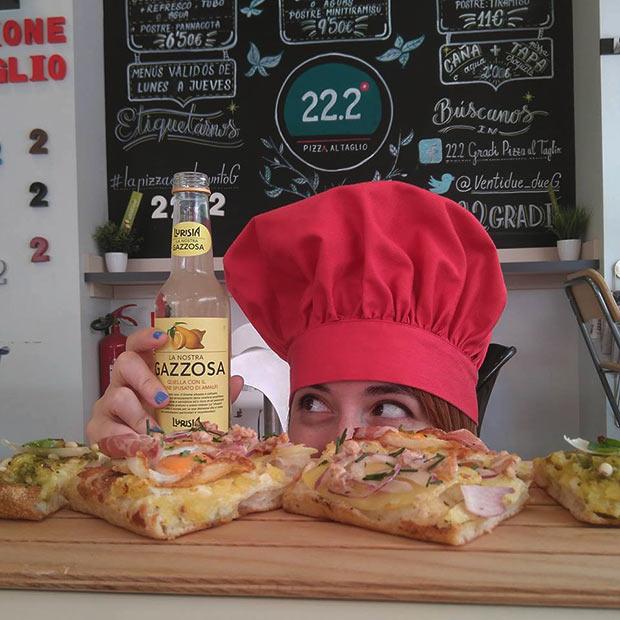 @MissTechin nos acompaño en nuestra visita a 22.2 Gradi Pizza al Taglio