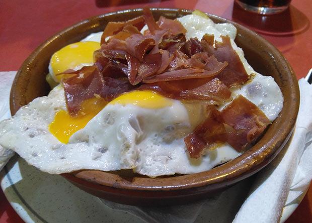 Huevos Rotos del Tuno