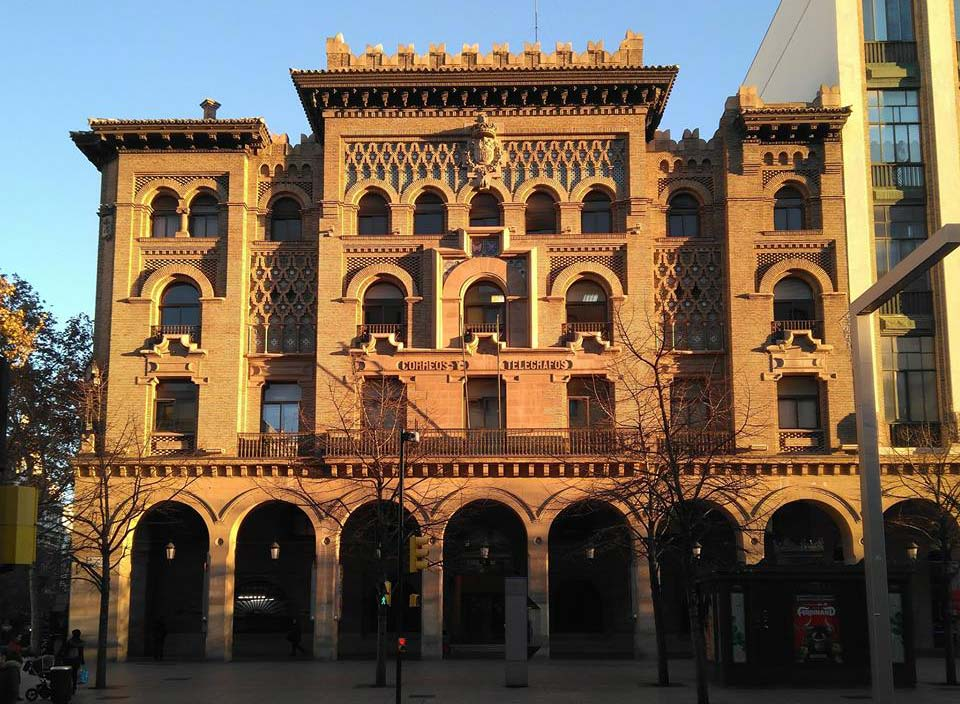 Edificio de Correos y Telégrafos en el Paseo Independencia de Zaragoza
