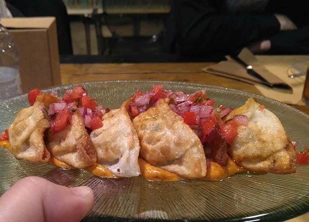 Restaurante El Ciclón, Gyozas con salsa agripicante y ali-oli de soja y Kimchi
