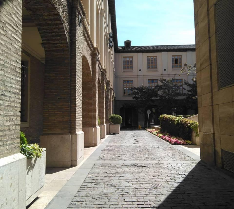 La antigua Casa Real de La Misericordia (actual edificio Pignatelli, sede de la Diputación General de Aragón)
