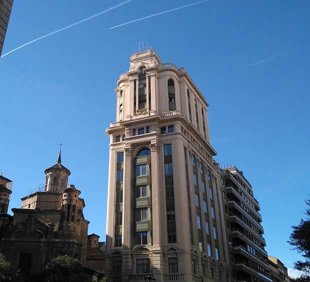 Edificio La Adriática en Zaragoza