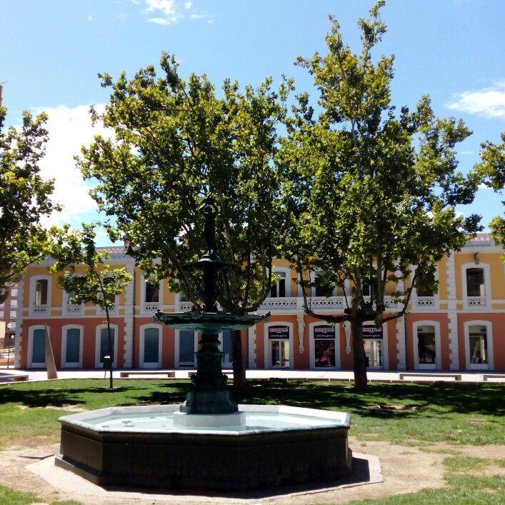 Edificios de la antigua estación de Utrillas