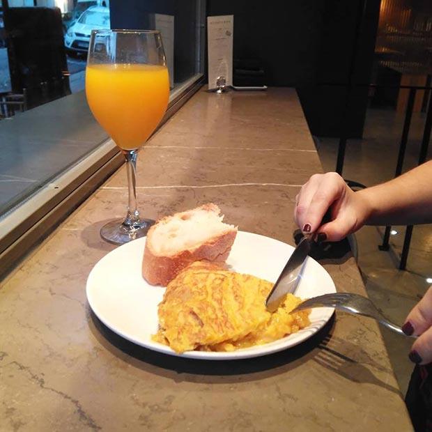 tortilla en los desayunos del garbo gentlebar