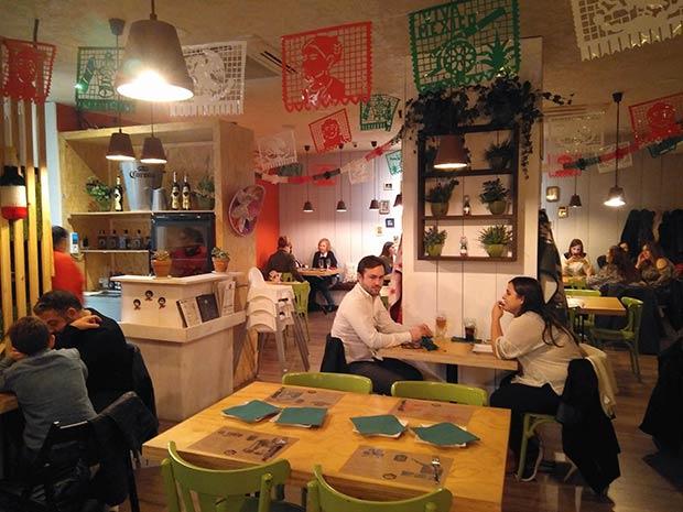 Comedor de La Quebradora Taquería Mex en El Tubo de Zaragoza