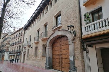 Casa del Canal o de los Tarín Plaza de Santa Cruz de Zaragoza