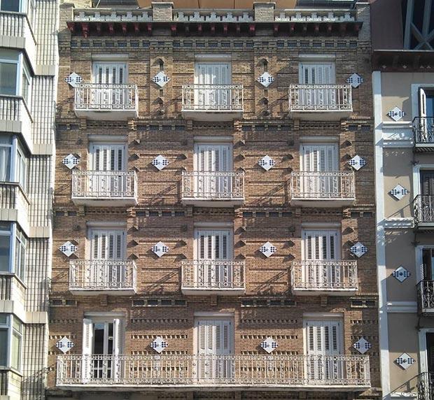 Edificio del Coso nº 154 Zaragoza