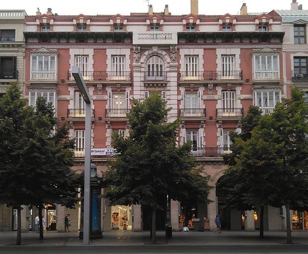 Edificio del Paseo de la Independencia nº 28