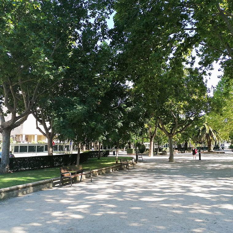 El Paseo Cuéllar a la altura del Parque Pignatelli