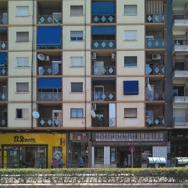 Establecimentos Alcaine en la avenida Tenor Fleta