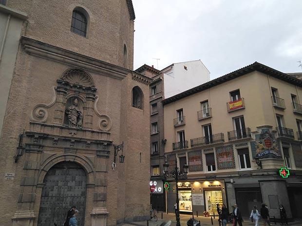 Iglesia de San Gil Abad desde la Calle Don Jaime de Zaragoza