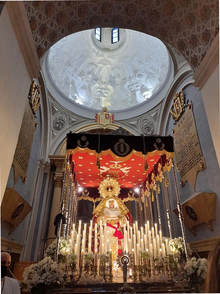 Interior de la iglesia de Santiago el Mayor