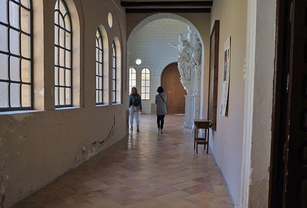 Portada Rococo de Ramirez de Arellano de Zaragoza