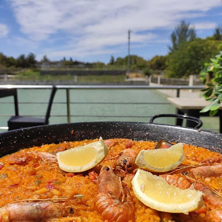 arroz en la terraza el lago