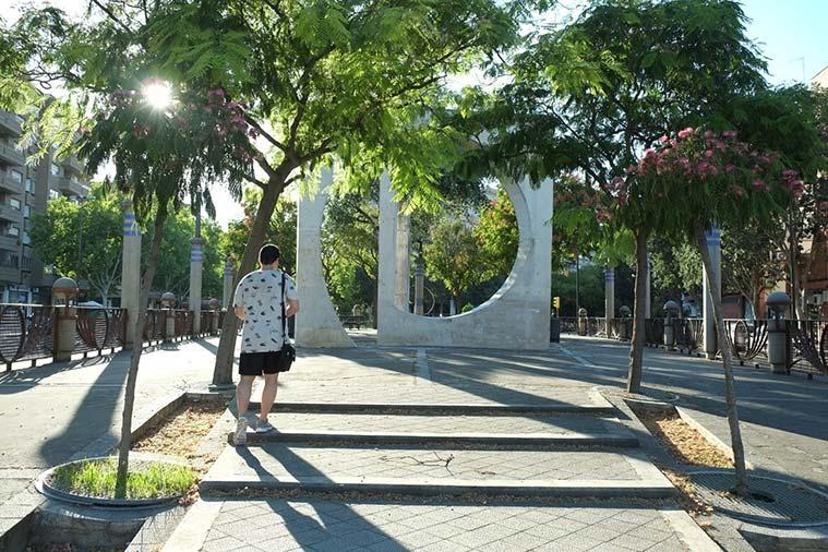Plazoleta dedicada a la Puerta de Sancho en el barrio de la Almozara