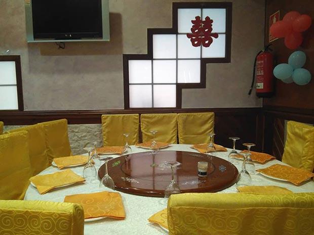 comedor del restaurante chino xin qiao de zaragoza